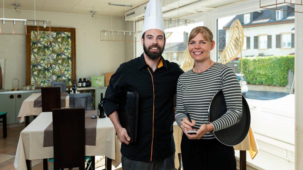 Virgilio Martins et Rosalie Muriset dans leur restaurant de la Coudre, à Neuchâtel.