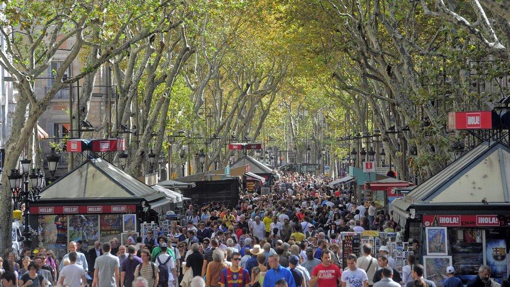 Les célèbres Ramblas  de Barcelone, la ville la plus touristique d'Espagne.