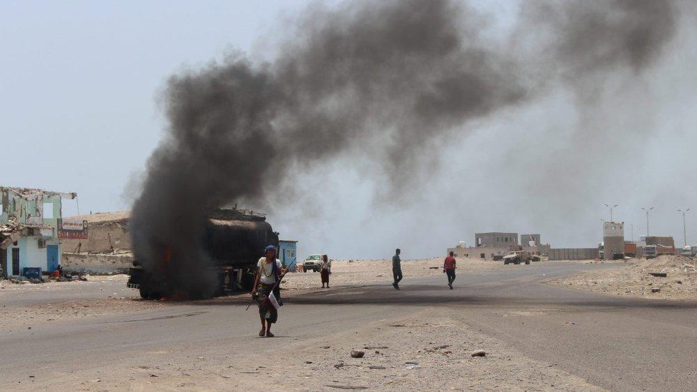 Aden, visé par des raids aériens.