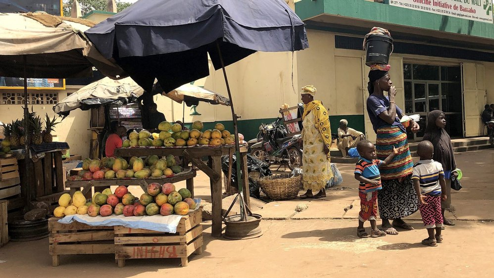 Avec 5,9 enfants par femme en 2018, le Mali possède l'un des taux de fécondité les plus élevés au monde.