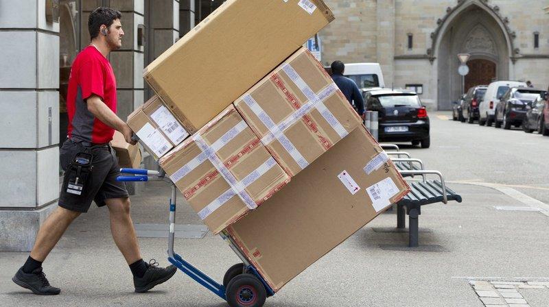 Commerce en ligne: les clients de Decathlon sont responsables des colis volés devant leur porte
