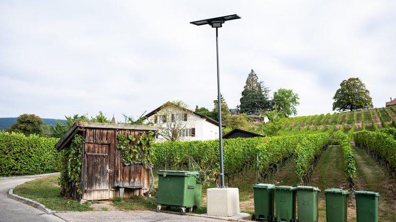 Bôle: un éclairage solaire de secours pour les habitants de la rue des Vignes