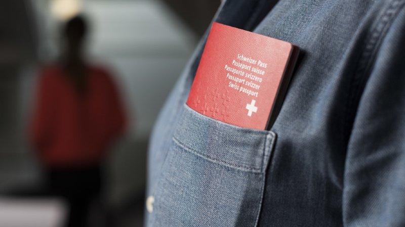 Asile: pour la première fois, un double national, recruteur de l'Etat islamique, se voit retirer la nationalité suisse