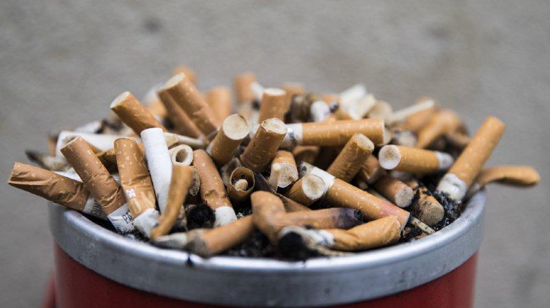 Santé: la consommation de tabac coûte cinq milliards de francs par année