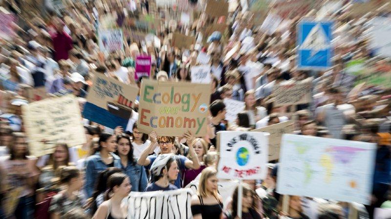 Climat: les politiciens invités à proposer leurs solutions pour faire face à la crise climatique
