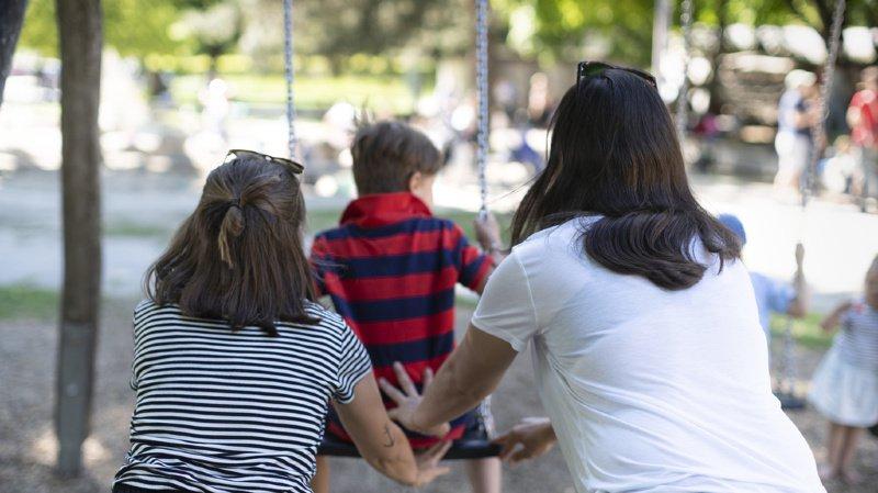 Homoparentalité: oui au mariage pour tous, mais non au don de sperme pour les lesbiennes