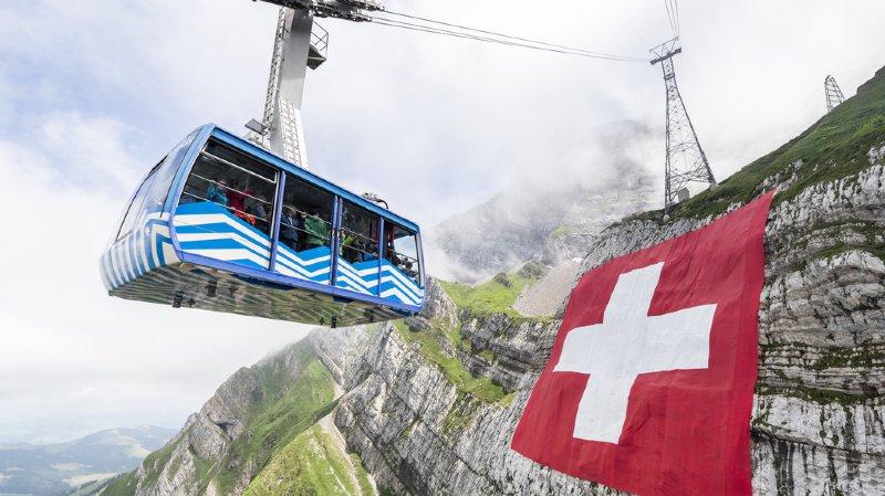 Un congé paternité tardif, une tortue piétinée ou un glacier menacé… l'actu suisse vue du reste du monde