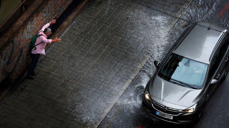 Environnement: Greenpeace dénonce l'impact de l'automobile sur la planète