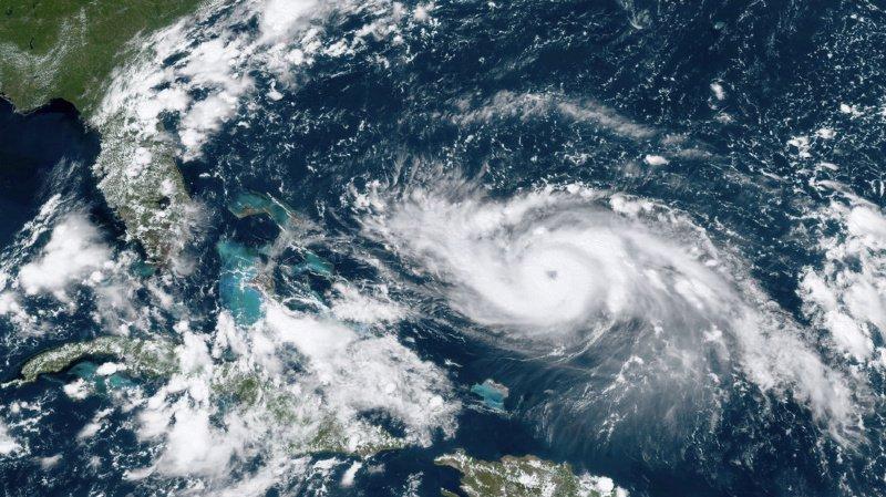 L'ouragan se dirige vers les Bahamas.