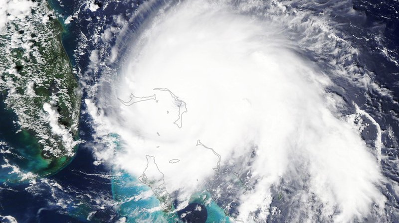 Intempéries: Dorian se rapproche des Etats-Unis, qu'est-ce qu'un ouragan de catégorie 5?