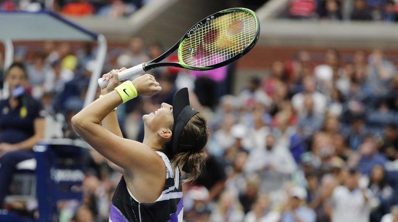 Belinda Bencic se hisse en demi-finales.