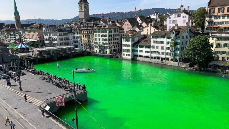 Vert fluo, drôle de couleur pour une rivière!