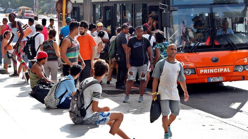 A cause de la pénurie d'essence, les Cubains vont devoir réduire l'utilisation des transports publics. (illustration)