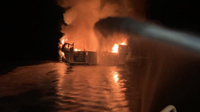 Californie: au moins huit morts et 26 disparus dans l'incendie d'un bateau