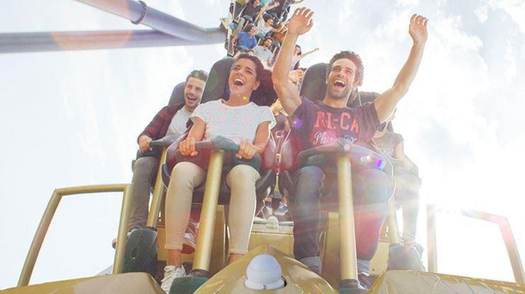 La scène s'est déroulée dans des montagnes russes d'un parc d'attractions en Espagne.