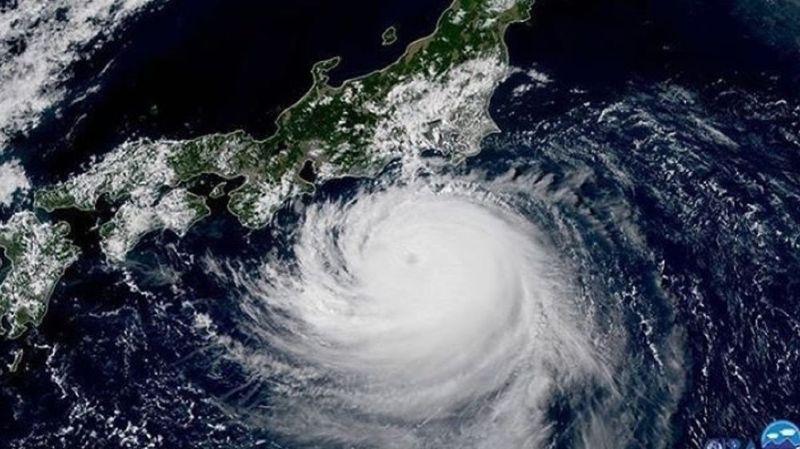 Japon: Tokyo se prépare au passage du violent typhon Faxai