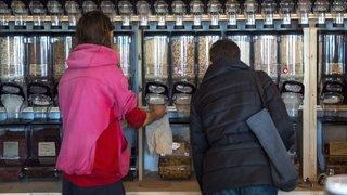 Neuchâtel: les épiceries en vrac ont le vent en poupe