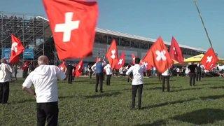 Plus de 400'000 fans à la Fête fédérale de lutte à Zoug