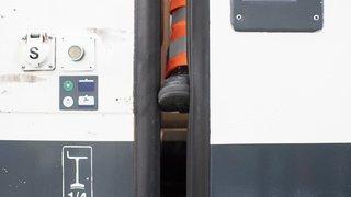 Mort d'un contrôleur CFF à Baden: le système anti-pincement des portes est bien à l'origine du drame