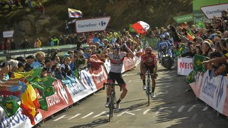 Cyclisme – Tour d'Espagne: Pogacar s'impose aux Machucos, Roglic renforce son maillot rouge