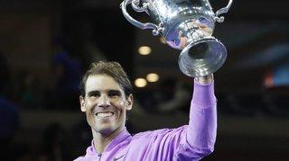 Nadal talonne Federer
