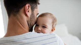 La Chaux-de-Fonds: treize jours de congé paternité pour les employés de la Ville