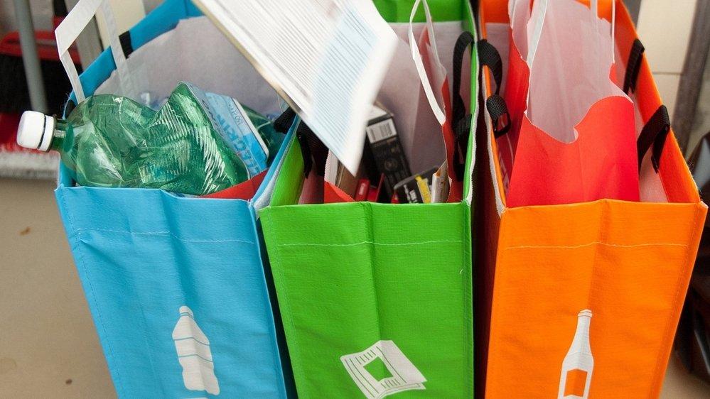 Recycler ses ordures ménagères, c'est bien. Réduire sa consommation, c'est mieux, conseille David Vieille, à l'origine du défi zéro déchet à La Chaux-de-Fonds.