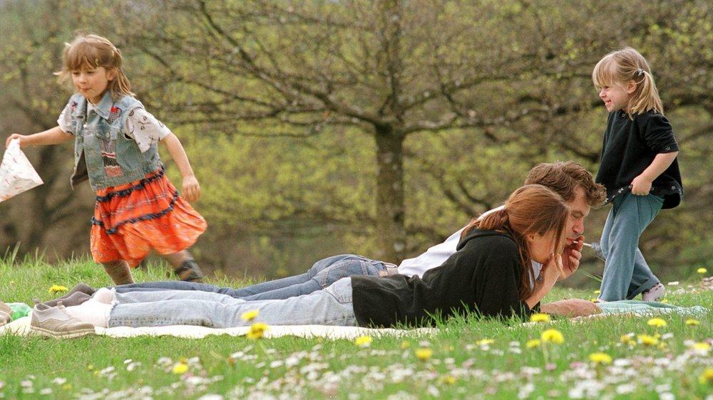 Prendre du temps pour soigner le couple lorsqu'on a des enfants, un véritable défi.