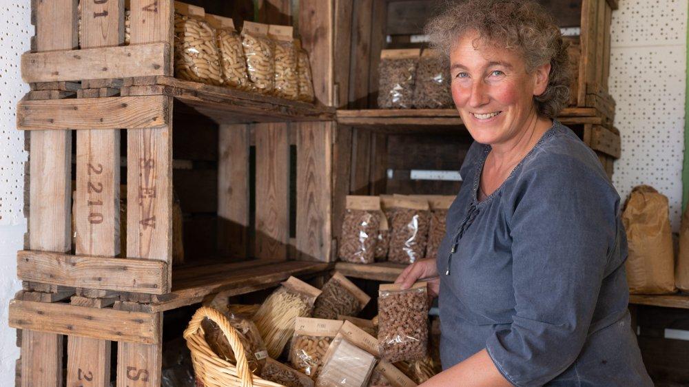 Agricultrice bio à Cernier, Danielle Rouiller confectionne aussi des pâtes artisanales, qui seront disponibles via la future plateforme de distribution.
