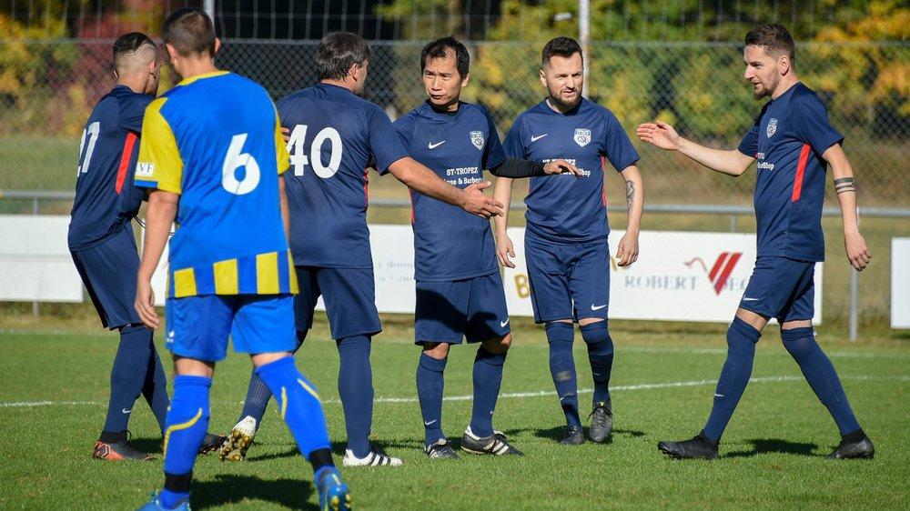 En bleu foncé, le Communal Sport Le Locle (photo prise en 2018), qui jouera face à une autre formation locloise pour avancer en Coupe.