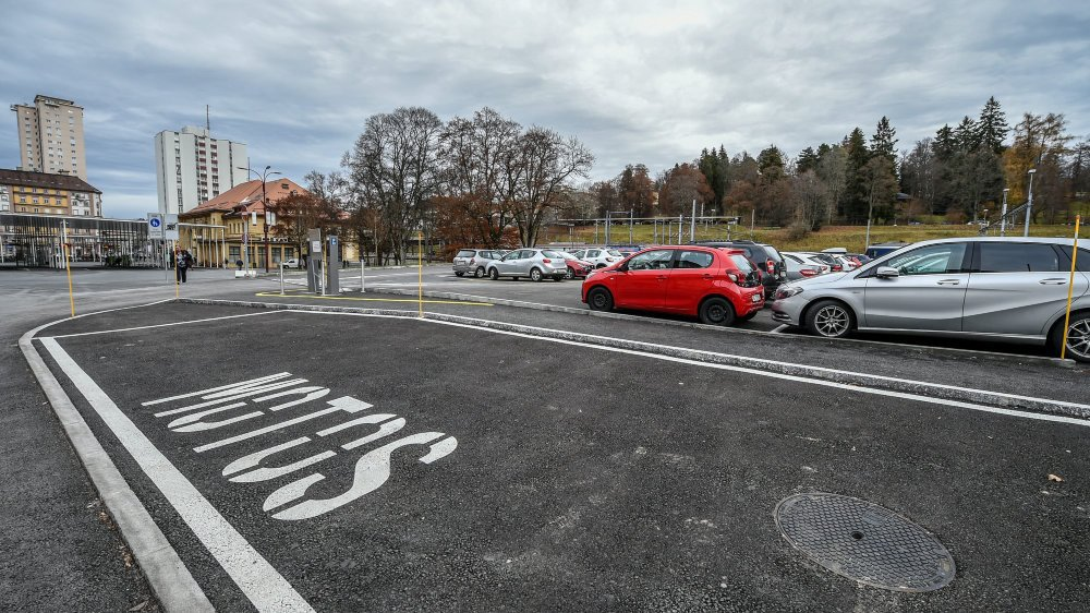 Sur le parking actuel, il y aura entre autres un hôtel, au plus tôt au printemps 2023. Archives: Christian Galley