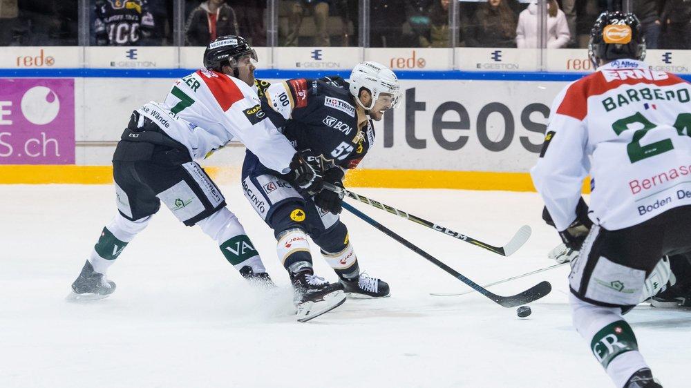 Adam Hasani et ses coéquipiers auront à cœur de se battre au quatre coins de la patinoire face à Langenthal vendredi.