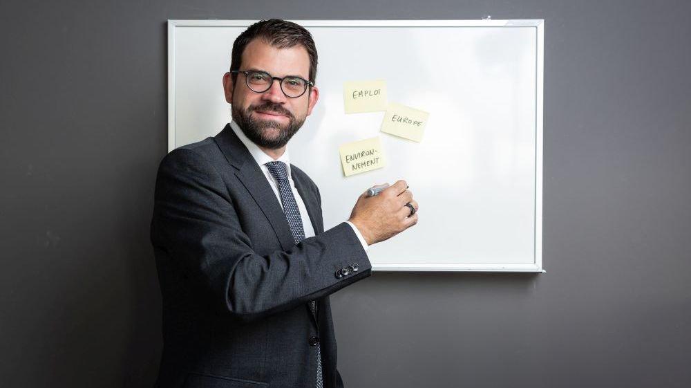 Damien Cottier s'est déplacé dans les locaux d'«ArcInfo» pour un entretien. «Environnement», «Emploi», «Europe» sont les trois sujets qu'il souhaiterait défendre au Conseil national.