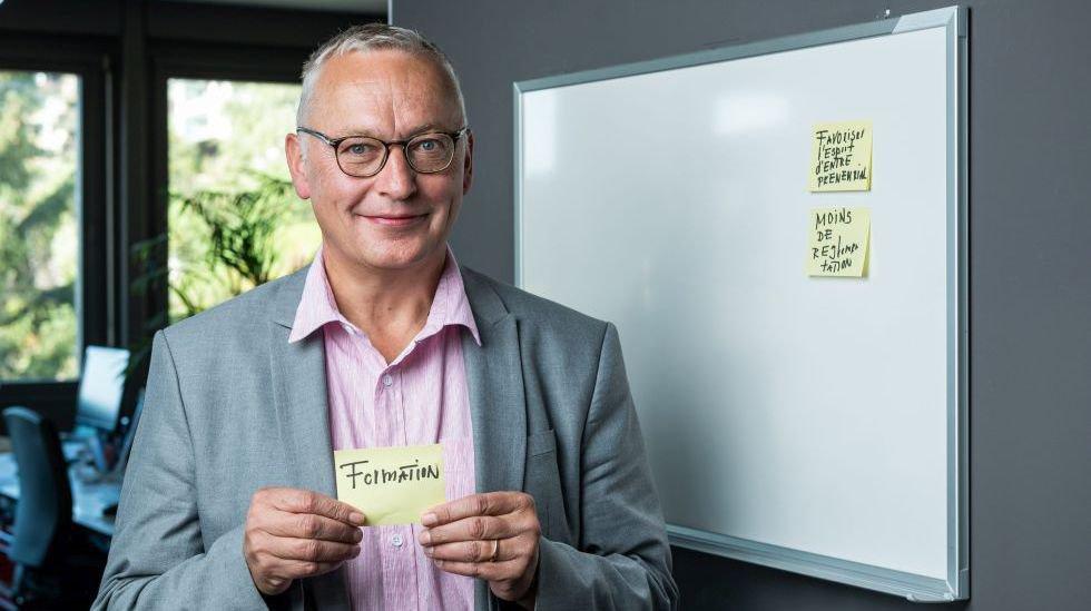 S'il est élu à Berne, le PLR Andreas Jurt veut favoriser la formation et l'esprit entrepreneurial, ainsi que réduire la réglementation, comme il l'a mis en évidence lors de son passage à la rédaction d'«ArcInfo».