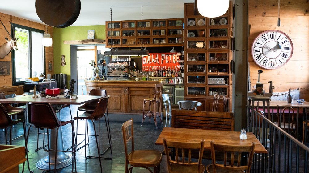 Le café Broc'antic n'est plus. Les coûts de réaffectation ont découragé ses propriétaires.