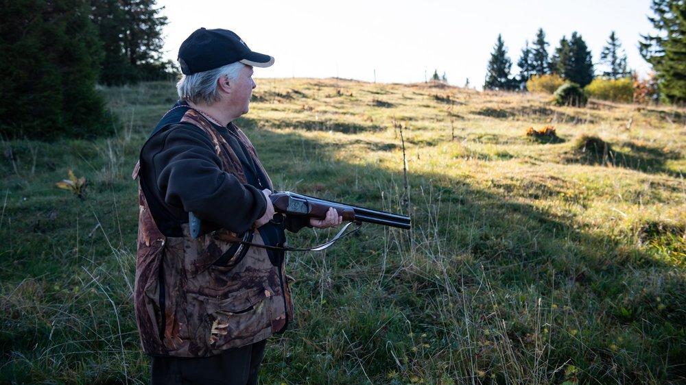Passionnée de nature, Laurence Weber vit sa 27e saison de chasse.