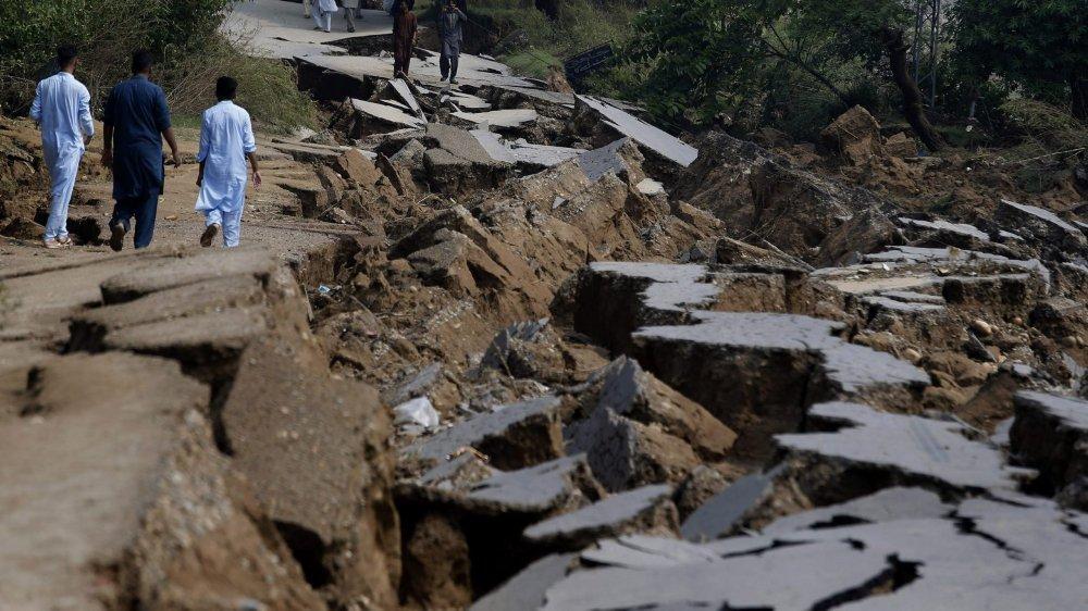 Tremblements de terre mortels en série