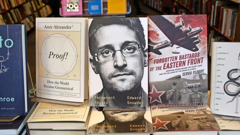 Dans son autobiographie, Edward Snowden ne cache pas avoir été longtemps «naïf» face à l'ambition de surveillance américaine des télécommunications mondiales.