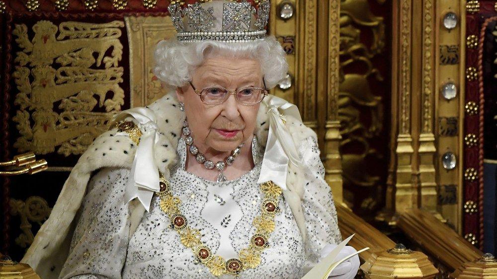Elizabeth II a lu son 65e «discours de la reine», un texte qui est de la plume du premier ministre, Boris Johnson.