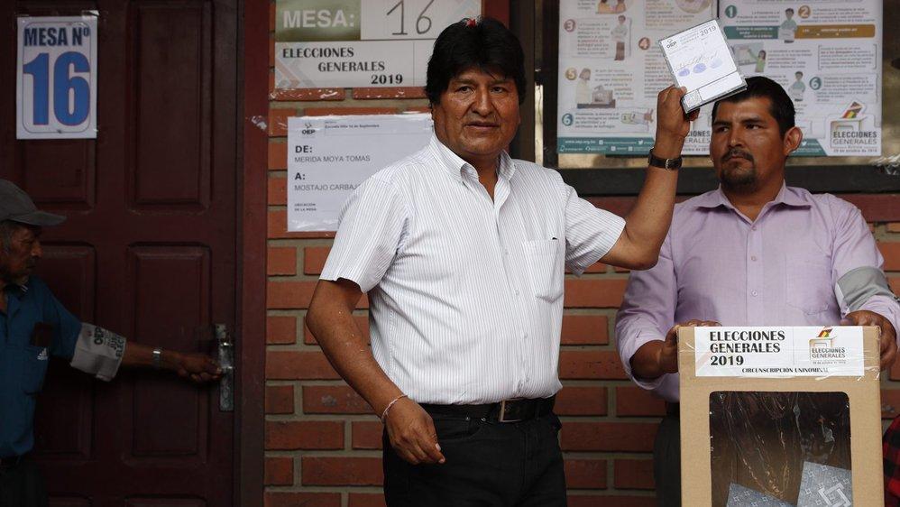 Le président Evo Morales a également voté, hier, en Bolivie.