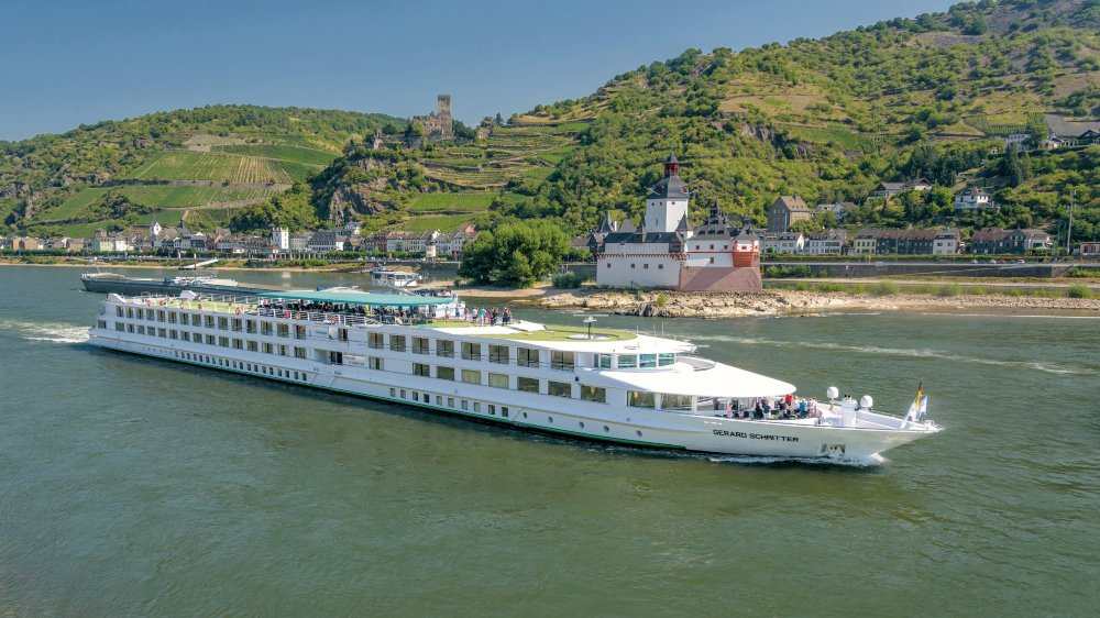 Navigation. Des bateaux qui sillonnent aussi les affluents du Rhin: Moselle, Saare, etc.