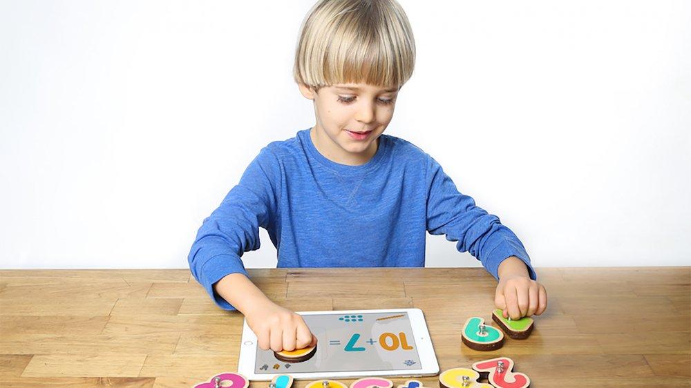 Les jeux connectés offrent des possibilités d'enrichissement éducatif à nos enfants.
