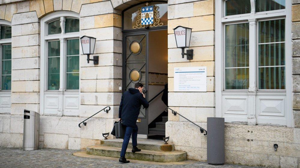 Le procès pour matricide se tient à l'hôtel de ville de La Chaux-de-Fonds.