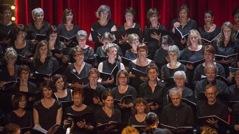 Le 80 chanteurs de La Croche-Chœur reviennent au classique.