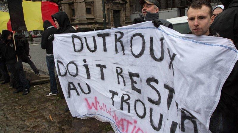 Affaire Dutroux: 400 personnes dans la rue à Bruxelles