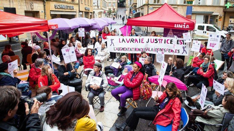 Egalité salariale: les femmes mettent déjà la pression sur les parlementaires neuchâtelois