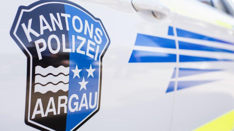 Argovie: ivre, il écrase sa voiture avec son enfant de 3 ans sur les genoux