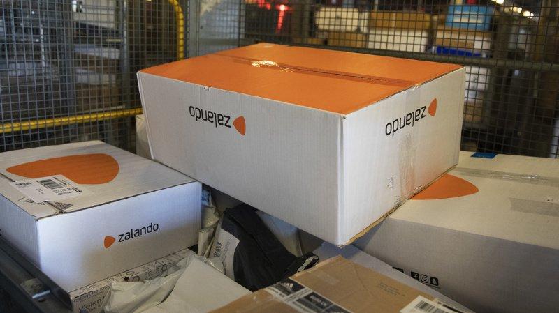 Les Suisses retourneraient jusqu'à 5 millions de paquets, chaque année, chez Zalando. (Illustration)
