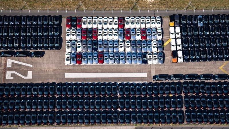 Des centaines de milliers de Mercedes Benz seront rappelées par le constructeur.