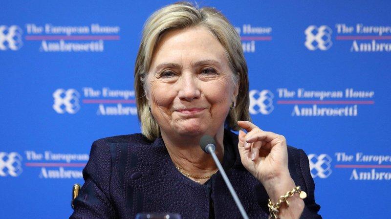 """Hillary Clinton a imaginé une missive de l'ancien président américain JFK à son homologue russe Nikita Khrouchtchev, à la sauce """"trumpesque""""."""